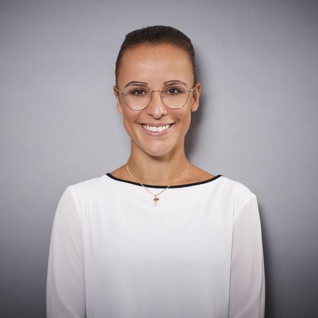 Laura Schwate
